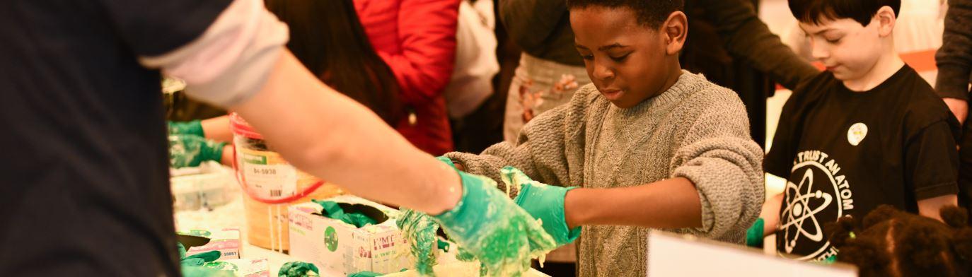 ScienceX, playing with oobleck