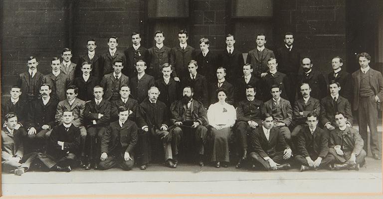Rona Robinson in her 1905 class photo