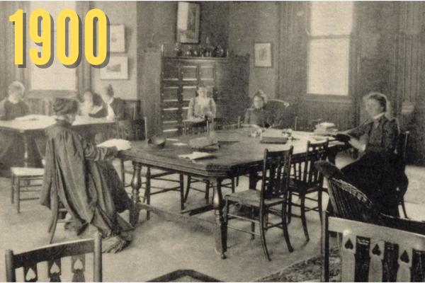 Common room for women in 1900