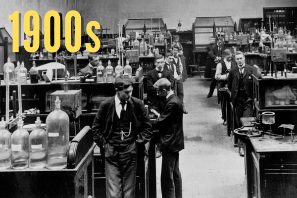 Students in the 1900s Roscoe Lab