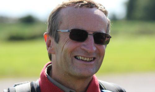 Dr Colin Leach